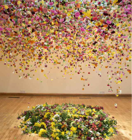 composition florale rebecca louise law
